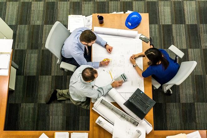 η McKinsey εκτιμά ότι 1 στις 5 μικρομεσαίες επιχειρήσεις θα κλείσουν