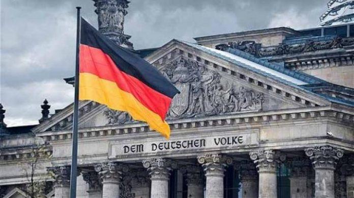 Στη Γερμανία πάνε για αυστηρότερο lockdown