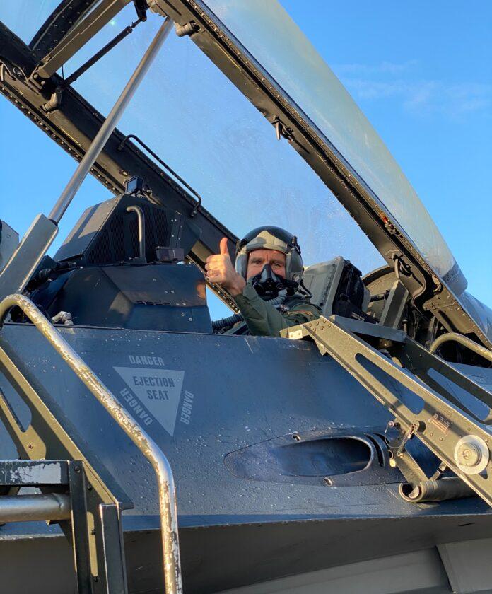 Πάιατ F-16