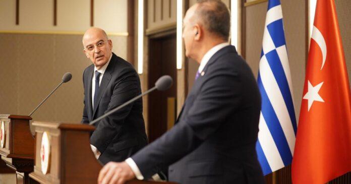 ο Ταγίπ Ερντογάν κάλεσε τον Νίκο Δένδια σε προσωπική συνάντηση