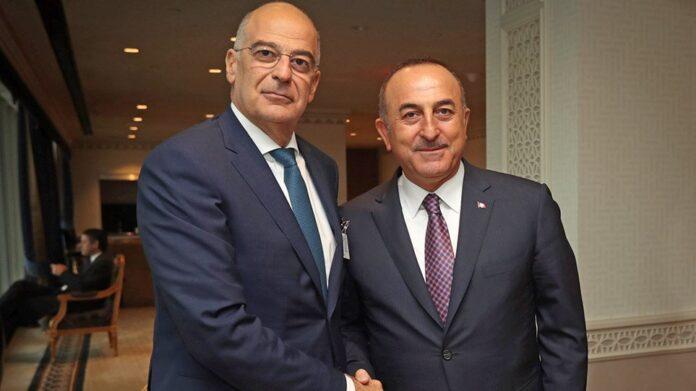 Όλα τα βλέμματα είναι στραμμένα στη συνέντευξη τύπου των υπουργών Εξωτερικών Ελλάδας και Τουρκίας Νίκου Δένδια και Μεβλουτ Τσαβούσογλου