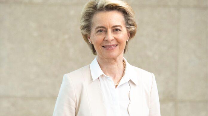 Η Ούρσουλα φον ντερ Λάιεν αναμένεται να «ανάψει το πράσινο φως»