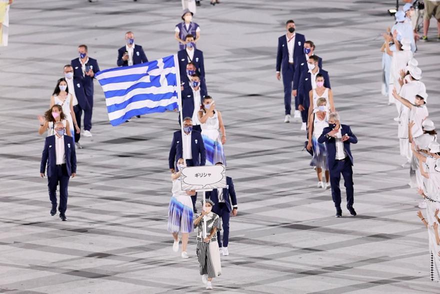 Τελετή Έναρξης: Η είσοδος της Ελλάδας με Πετρούνια-Κορακάκη - Ολυμπιακοί Αγώνες 2020 | sport-fm.gr: bwinΣΠΟΡ FM 94.6