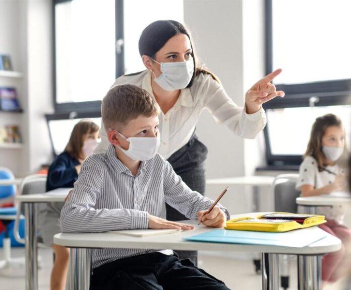 Υποχρεωτική η αξιολόγηση των καθηγητών