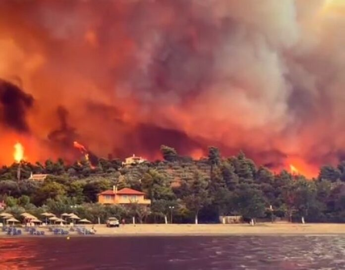 Spiegel: «Η αρχαία Ολυμπία ΄σώθηκε προς το παρόν΄. Καταστροφικές δασικές πυρκαγιές μαίνονται σε πολλές χώρες της Μεσογείου.