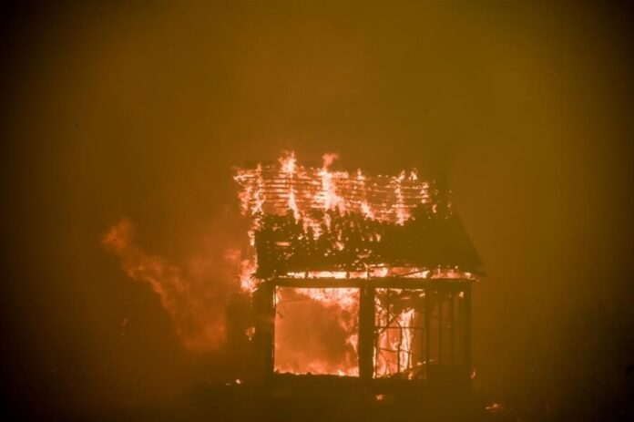 Πυρκαγιά Βίλια