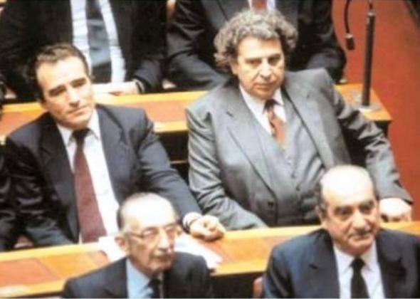 Ο Μίκης Θεοδωράκης, από τον Τεμπονέρα στον Τίτο   Η Εφημερίδα των Συντακτών